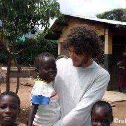 Paolo all'orfanotrofio di Moroto