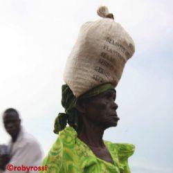 momenti nel villaggio di Kidepo
