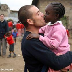 Nicolò a slum di Nairobi - reportage Kenya