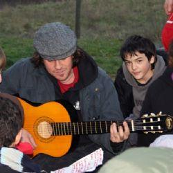 musica con i bambini del centro Rosseau