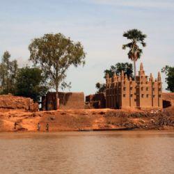 villaggio lungo il Niger
