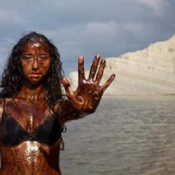Greenpeace contro le trivelle - roby rossi