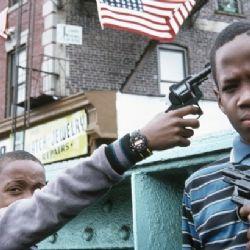 bambini con la pistola - stop alle armi