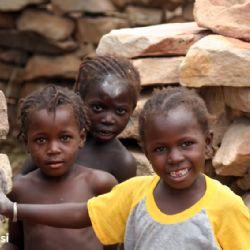 bambini nei Pays Dogon