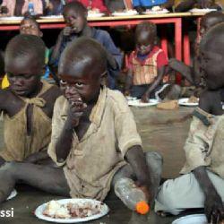 bambini al centro di Loputuk