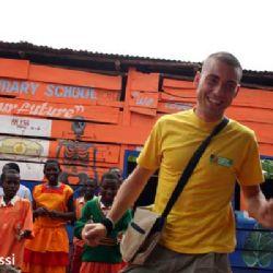 Nicolò alla Quasimodo Primary school a Kampala
