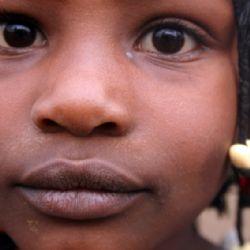 bimba allo slum di Kibera