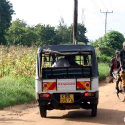 in tuc tuc verso Muyeye