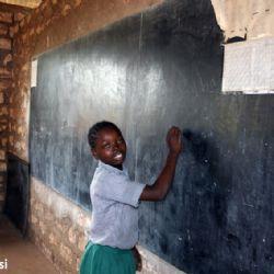 nella scuola del villaggio di Muyeye