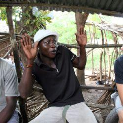 zona ritrovo di Muyeye con Zucchero e Bruno