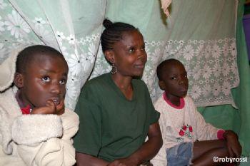 slum di Mathare - storie di nessuno