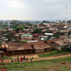 slum di Soweto -  si gioca