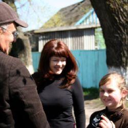 reportage dalla Bielorussia - Janna e Annibale con bimba