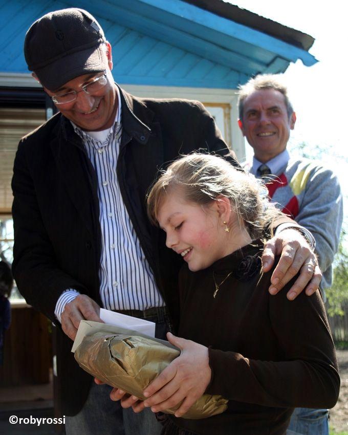 reportage dalla Bielorussia - Annibale con bambina