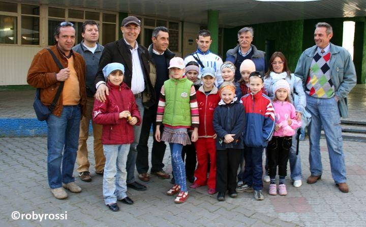 reportage dalla Bielorussia - gruppo di volontari a Minsk