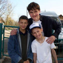 Vlad, Marc e un amico nell'orfanotrofio