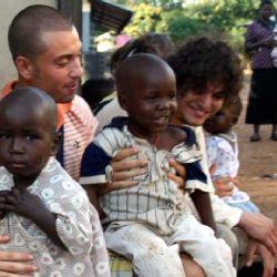 orfanotrofio di Moroto - Nicolò e Paolo con i bambini